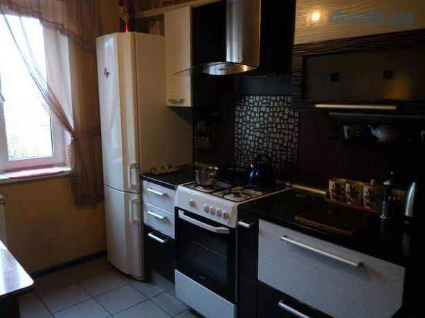 Комната на Виноградаре Сдам ул.Светлицкого 28 Подольский