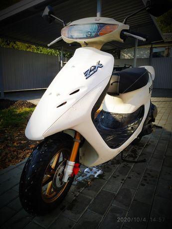 Honda dio 35 ZX . Перший власник в Україні. Пробіг 1000 км.