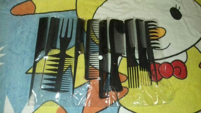 Набір жіночих розчісок