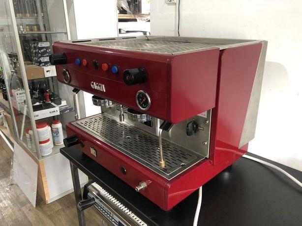 Професиональная кофемашина Gaggia
