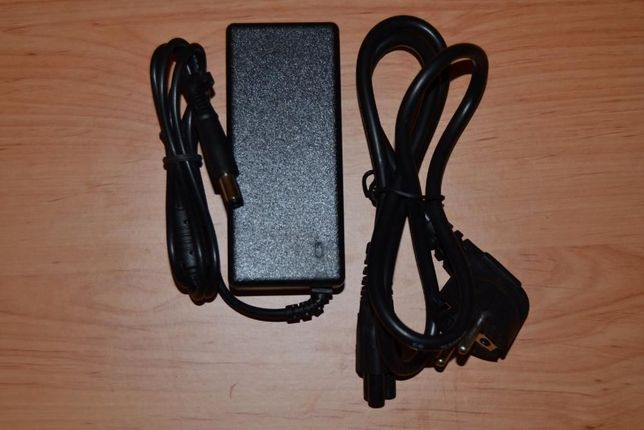 Carregador novo para portátil Dell la90ps0-00 + cabo - portes incluído