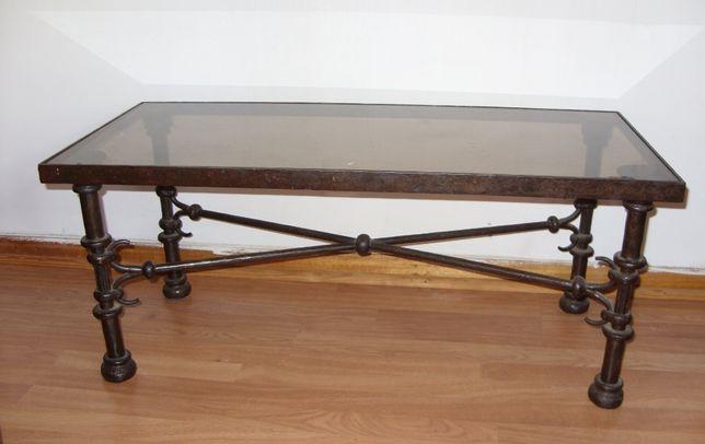 Mesa e Candeeiro em ferro