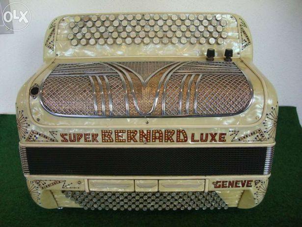 Acordeão super bernard lux ranco guglielmo 4 voz .N 60 Pormoçao