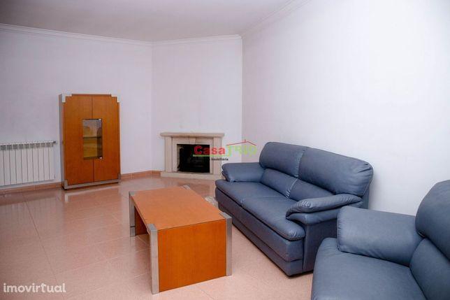 Apartamento T3 com garagem e sótão -  Leiria