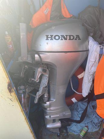 Лодочный мотор Honda BF 20 D(20 PS)четырехтактный