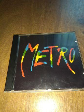 METRO. Musical Teatru Buffo (2001).