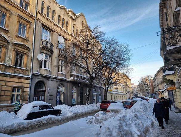 Продаж 6-кім. квартири, вул. Пекарська