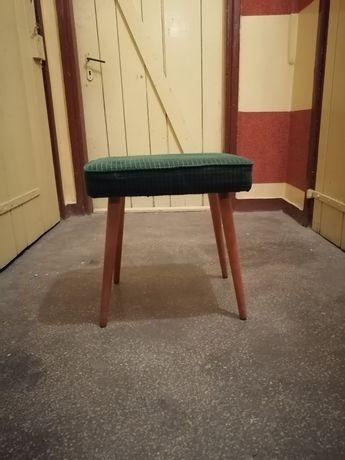 Taborek, krzesło z 1975 roku 2 sztuki