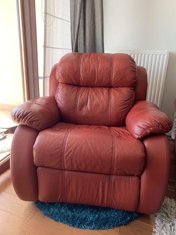 Fotel obrotowy rozkładany skórzany