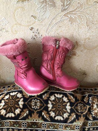 Детские  зимние  кожаные сапожки для девочки