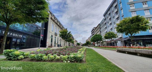 Apartamento T3, na Avenida da Liberdade - Braga