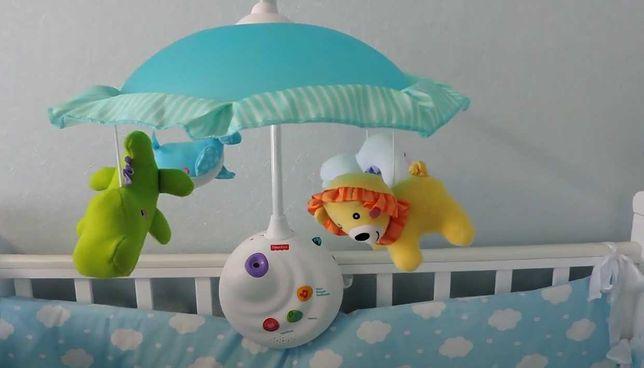 Детский мобиль на управлении с проектором на кроватку