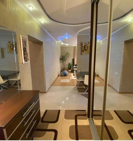 Продажа 3-х комнатной квартиры с подвалом и парковочним местом