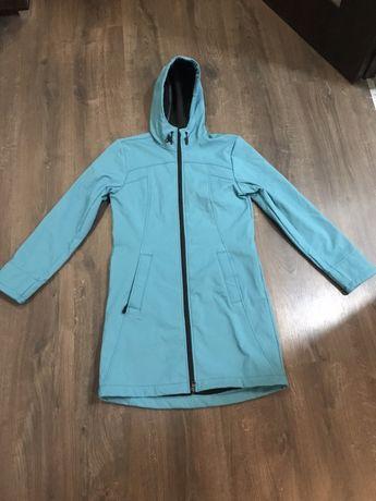 Жіноча осіння куртка / пальто