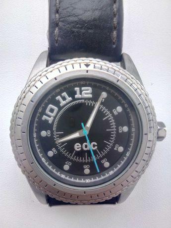 Часы  EDC