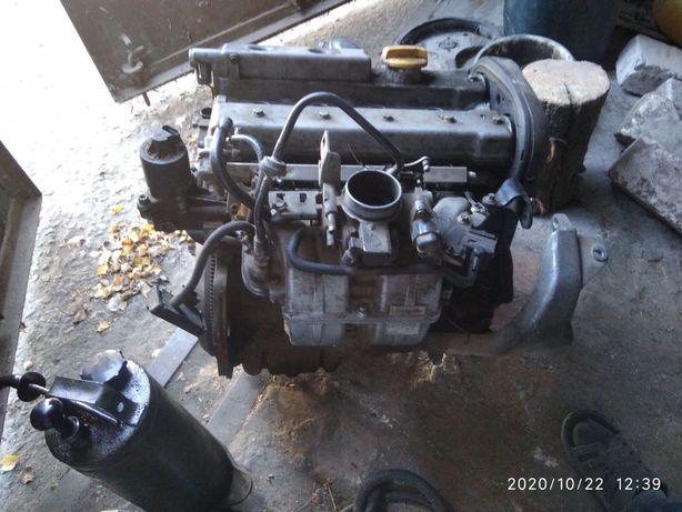 Продам двигатель Opel X16XE в хорошем состоянии)