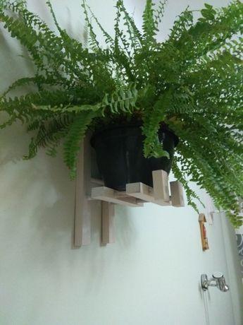 kwietniki drewniane wiszące