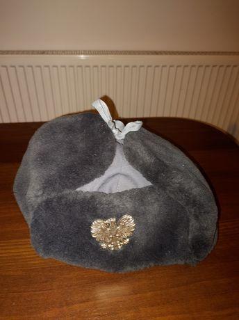 uszatka milicyjna czapka