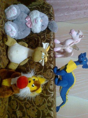 продам мягкие игрушки одним пакетом