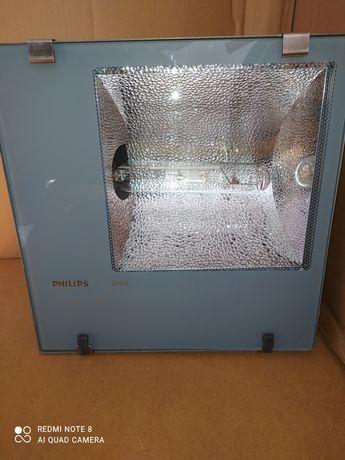 Прожектор Philips RVP351 HPI-TP400W E40 IP65 асимметричный с металлога