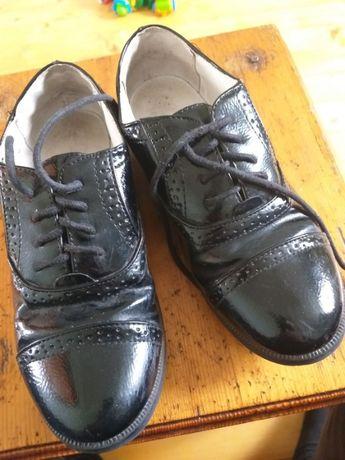 Мешти туфлі для дівчинки.Туфли в школу