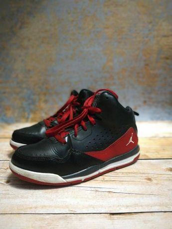 Продам детские кроссовки Jordan (стелька 20 см)