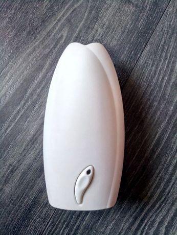Домашний автоматический ароматизатор Glade