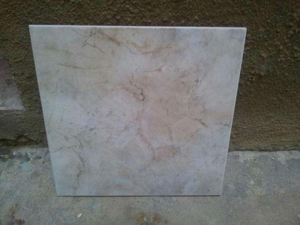 Revestimento pavimento cerâmico 33x33 cm e 30x30 cm Diversos padrões