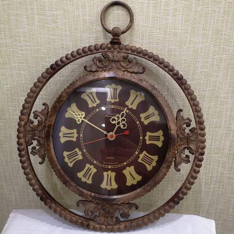 Настенные часы Янтарь СССР