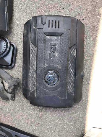 Крышка двигателя мотора Skoda Volkswagen VW VAG