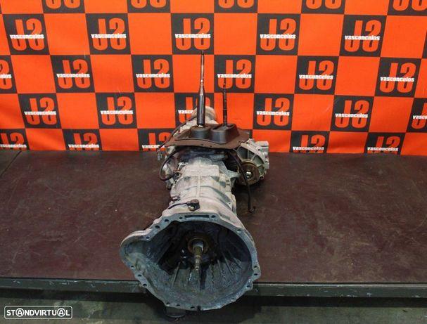 Caixa de velocidades + caixa de transferências Nissan Terrano II 2.7 TD 00´