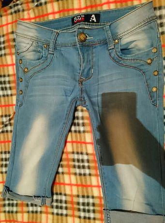 Джинсовые шорты капри голубые