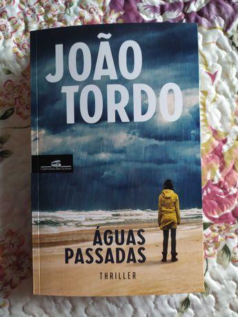 Águas Passadas de João Tordo