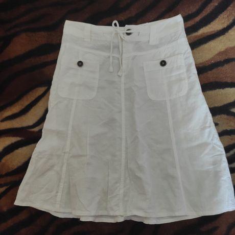 Белая льняная юбка с карманами спереди Yessica