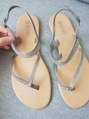 Sandałki cyrkonie ccc srebrne 39