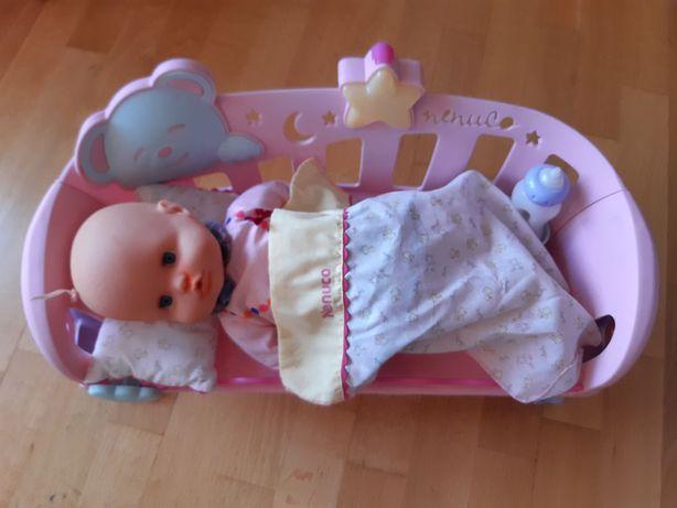 boneco Nenuco com cama