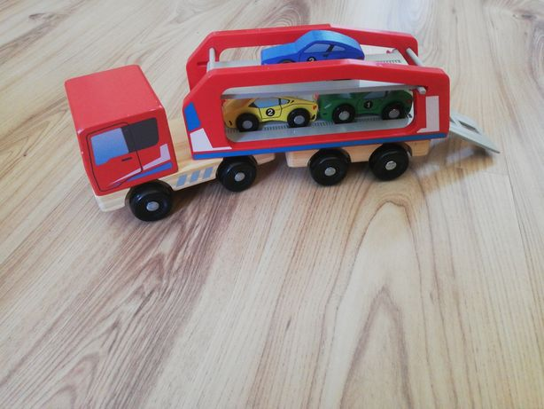 Transporter samochodowy drewniany