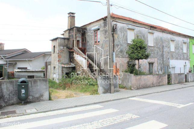Moradia p/restauro S.M.Feira