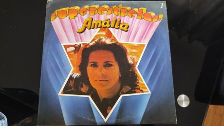 Amália, rainha do fado,álbum super estrelas.