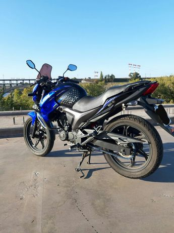Мотоцикл Лифан kp200