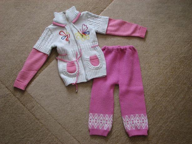 Кофта со штанишками на девочку на 2-4 года