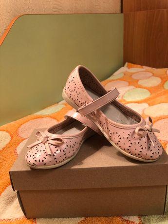 Туфлі літні 26 розмір для дівчинки