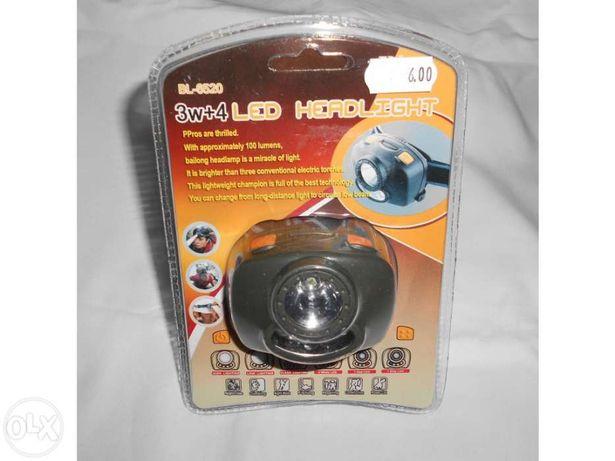 Lanterna de cabeça 3w+4 Led Alimentado por 3 pilhas: AAA 1 Lumen + 4