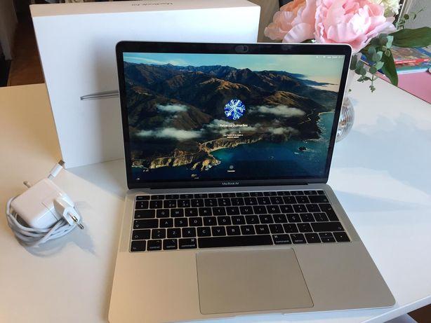 """Macbook Air 13"""" 120 I5 8GB Retina (finais 2018)"""