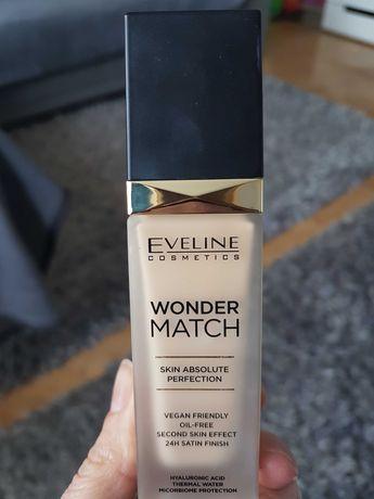Podklad eveline wonder match 10