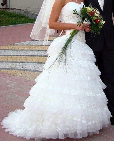Suknia ślubna Agnes 1858