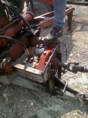 Півпричеп з грейферним погружчиком з ротатором та лісовим захватом