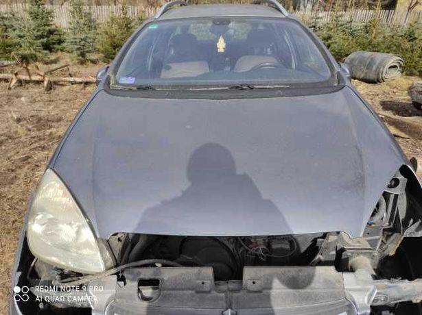 Maska z samochodu