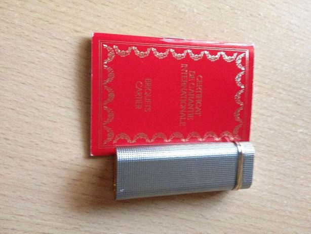 Isqueiro de Must de Cartier, anos 80, autentico, tem pouco uso