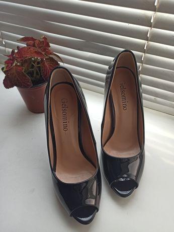 Туфли чёрные, лак, 35 размер